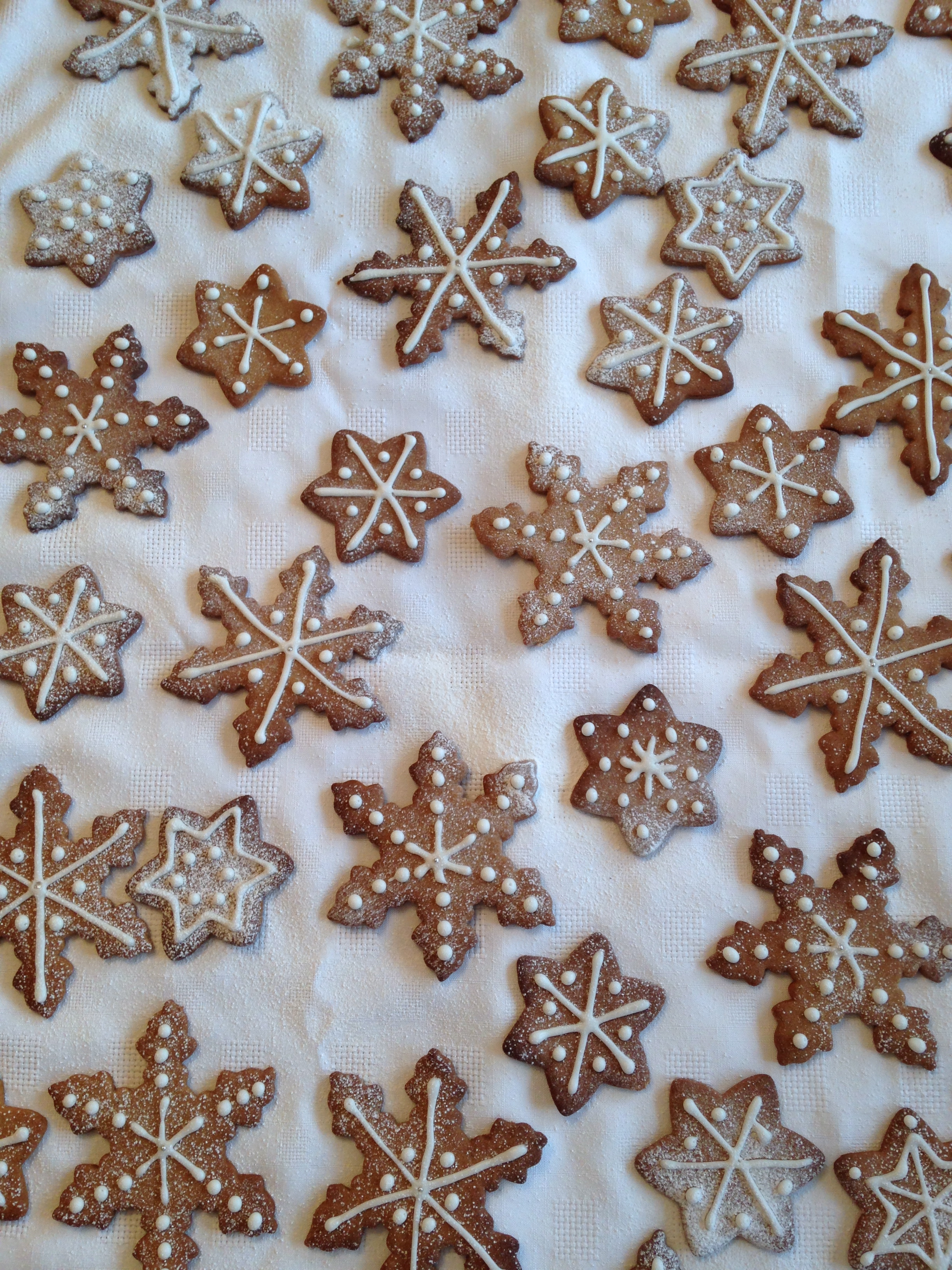 Gingerbread Snowflakes And A Very Merry Christmas To You Xxx